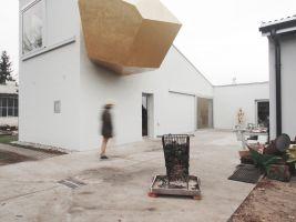 zdroj Galerie Architektury Brno/ Popisek: Sochařův ateliér od Piotr Broza architekten