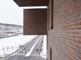 11. DEG42_Detail east facade (photo credit Oslo S Utvikling_Ivan Brodey)