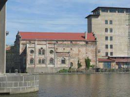 zdroj Wikimedia commons/ Petr Vilgus Popisek: Vodní elektrárna v Brandýse nad Labem