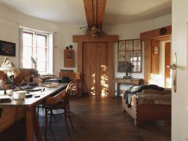zdroj matevvs paternoster Popisek: Interiér Plečnikova domu