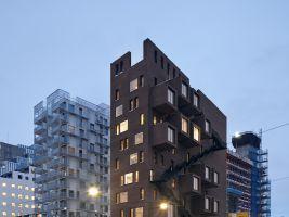 4. DEG42_Exterior nightshot (photo credit Oslo S Utvikling_Ivan Brodey)