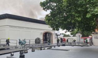 Aktuálně: V Museu Kampa zasahovali kvůli požáru hasiči
