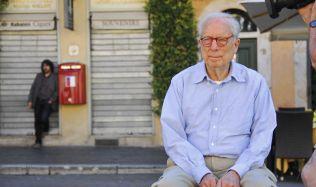 Americký architekt Robert Venturi je po smrti