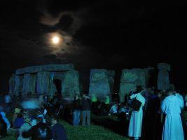 zdroj Wikimedia commons/ Andrew Dunn Popisek: Stonehenge svádí i k nočním návštěvám