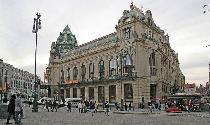 Architekt nejlepšího připravovaného projektu světa Sou Fujimoto soutěží o možnost stavět v Praze pro Central Group
