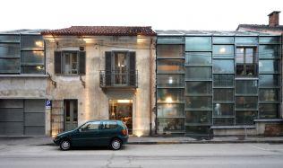 Atelier Fleuriste in Chieri, Italy by ElasticoSPA