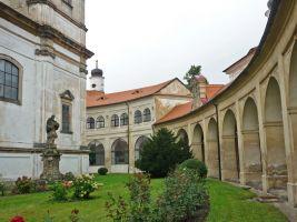 zdroj wikiwand.com Popisek: Bazilika Panny Marie Bolestné Bohosudov
