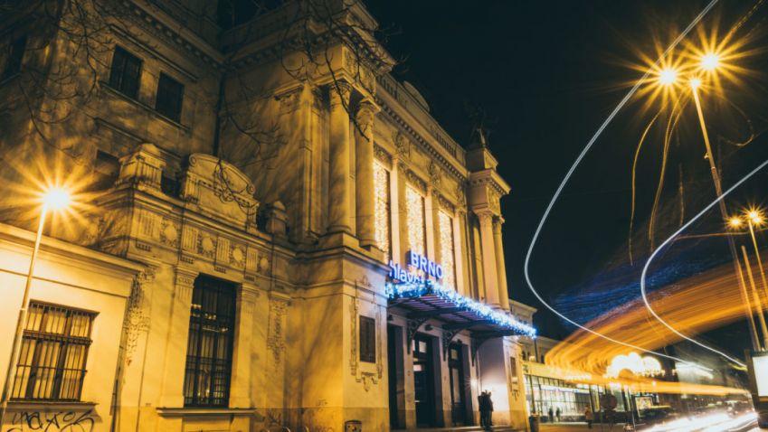 Brněnský městský architekt doporučuje postavit nové nádraží u řeky