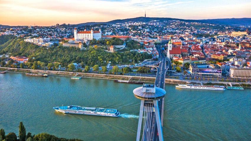 Bydlení na Slovensku stouplo na desetileté maximum