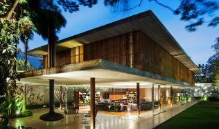 Casa Toblerone v Sao Paulu, Brazílie od Studia MK27