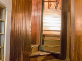 zdroj www.cnn.com Popisek: Dům je plný schodišť, které nikam nevedou