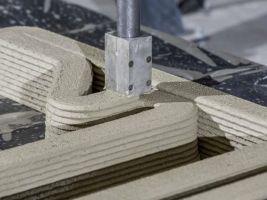 zdroj etrend.sk Popisek: Tiskárna domů z cementu