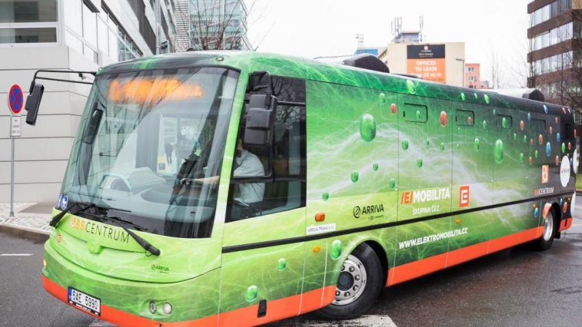 Elektrobusy do BB Centra v Praze jsou v provozu přes tři roky. Za tu dobu dopravily na 2 miliony pasažérů