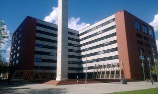Fakulta architektury ČVUT zahájí akademický rok pěkně od podlahy