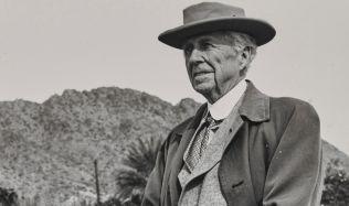Frank Lloyd Wright, jeden z největších tvůrců dvacátého století, zemřel před šedesáti lety
