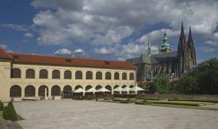 Jízdárna Pražského hradu: Jedinečné výstavní prostory s pestrou minulostí