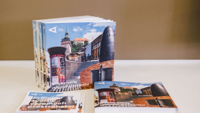 Kancelář architekta města Brna vydala knihu Principy tvorby veřejného prostranství. Publikace je dostupná online