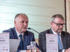 zdroj CEEC Research Popisek: Hovoří generální ředitel společnosti Saint-Gobain Tomáš Rosák