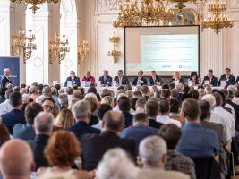 zdroj CEEC Research Popisek: Konference Setkání lídrů českého stavebnictví