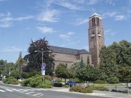 zdroj Wikimedia commons/ Dominik Matus Popisek: Kostel Nejsvětějšího srdce Páně v Jablonci nad Nisou