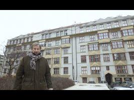 Učitelské družstevní domy, pohled od náměstí Curieových