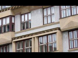 Učitelské domy s typickými kubistickými prvky