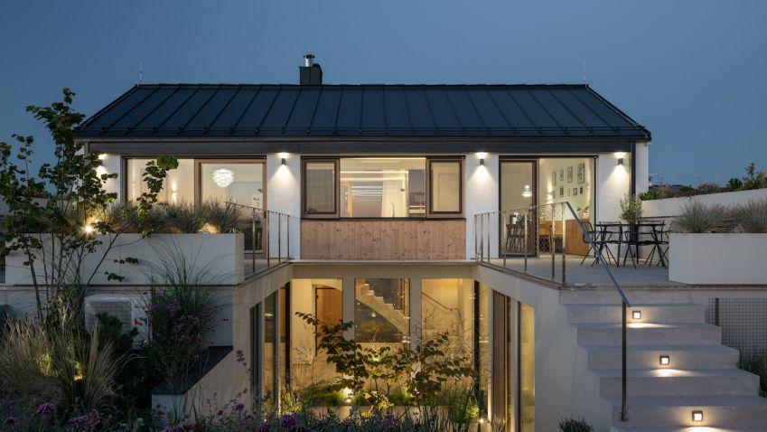 Luxusní rodinný dům s výhledem na Pálavu skvěle zapadl do malé moravské vesničky