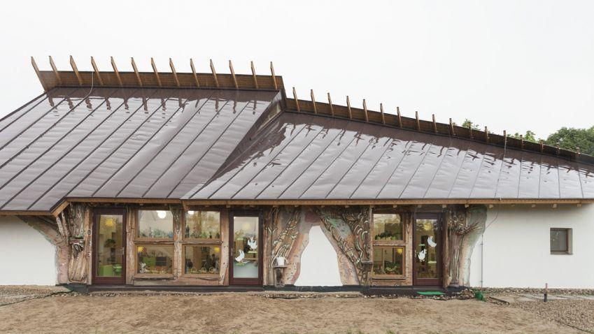 Mateřská školka na Litoměřicku byla navržena po vzoru lidové architektury