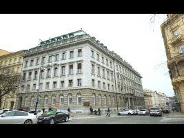 Ministerstvo průmyslu a obchodu České republiky_trailery.00_00_24_07.Still003