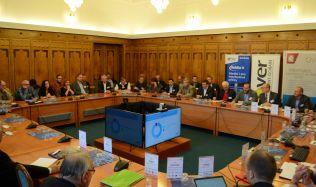 Ministerstvo průmyslu a obchodu hostilo seminář o dopadu cen na kvalitu a bezpečnost staveb