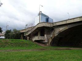 zdroj Wikimedia commons/ ŠJů Popisek: Libeňský most od Ladislavova parku
