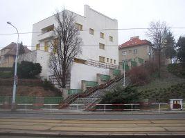 zdroj Wikimedia commons/ Miaow Miaow  Popisek: Müllerova vila v Praze