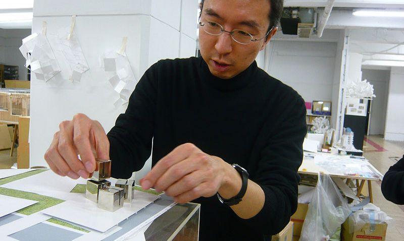 Na pražském Summitu architektury a rozvoje vystoupí světoznámý japonský architekt Sou Fujimoto