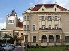 zdroj Wikimedia commons/ Txllxt TxllxT Popisek: Národní dům v Prostějově