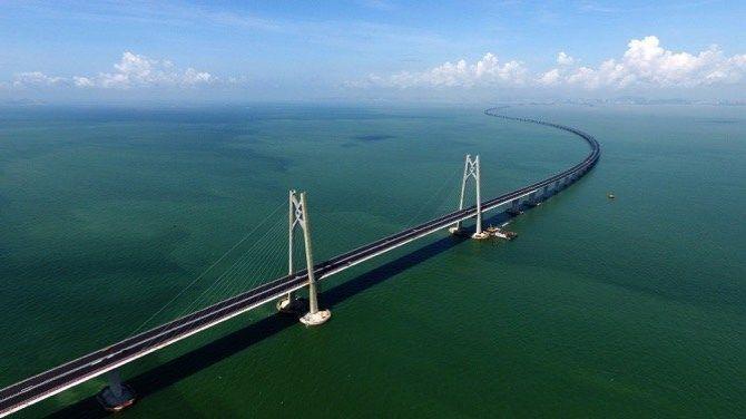 Nejdelší most na světě má odolat supertajfunu