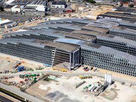 zdroj youtube.com Popisek: Nová budova Severoatlantické aliance