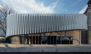 Nová budova Vysoké školy polytechnické v Jihlavě stojí na místě poprav