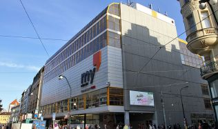 Obchodní dům Máj v Praze má nového majitele, ten chystá rozsáhlou rekonstrukci
