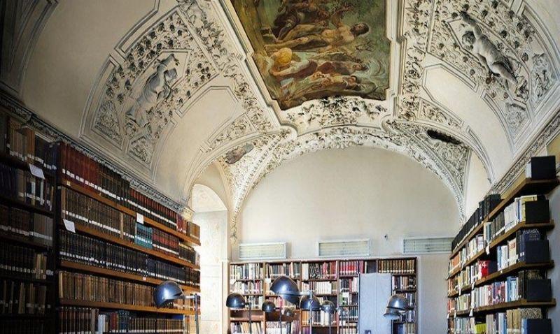 Památník národního písemnictví bude nově vystupovat jako Muzeum literatury. Mění sídlo a hledá vizuální identitu