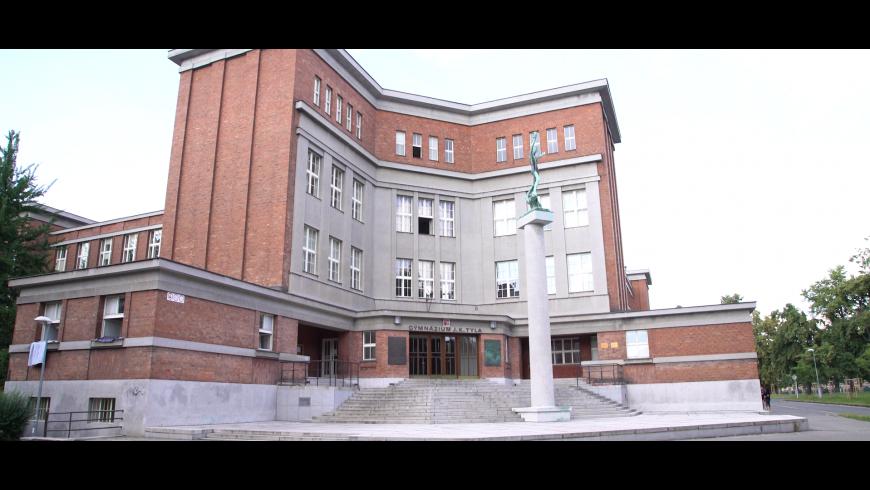 Skryté poklady architektury – 38.díl – Gočárovy školy v Labské kotlině, Hradec Králové