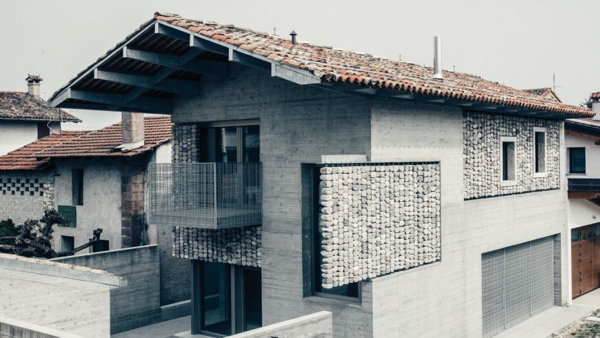 'Stoned' residential houses in San Quirino, Italy by ElasticoSPA