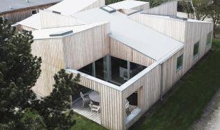 Střešní dům, Dánsko, od Sigurda Larsena