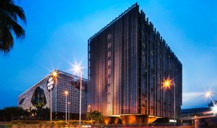 Changi Airport Crowne Plaza Airport Hotel in Singapore by WOHA