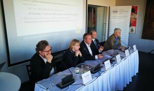 Politici a developeři musí spolupracovat, ukázala konference SAR