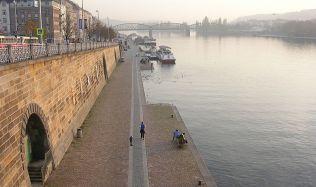 Praha chystá úpravy kobek na pražské náplavce