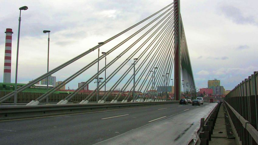 Praha kontroluje mosty a lávky