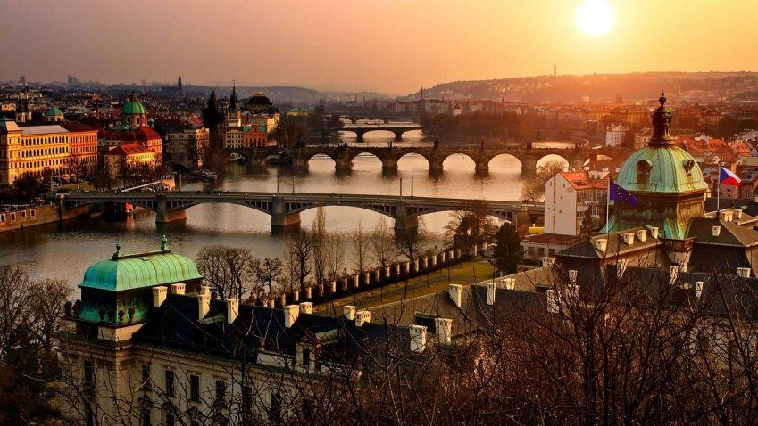 Praha plánuje Hradební korzo. Podobnou myšlenku měl už Karel IV.