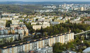 Praha versus Brno: Kde se platí za bydlení víc?
