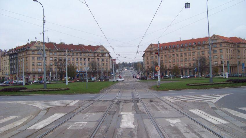 Praha zapůjčí své pozemky na Vítězném náměstí
