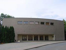zdroj Wikimedia commons/ Radek Bartoš Popisek: Divadlo v Ústí nad Orlicí